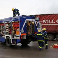 02.12.2014 LKW-in-Haus-Totalschaden-Fahrer-tot-Feuerwehr-Polizei- Rettungsdienst-Halblech-Vollsperrung-Bringezu-New-facts (73)