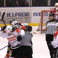 05-12-2014-eishockey-indians-ecdc-memmingen-buchloe-sieg-fuchs-new-facts-eu20141205_0079