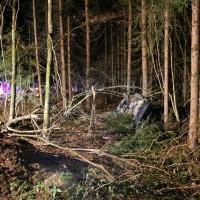 16-12-2014-a96-biberach-erolzheim-edelbeuren-unfall-wald-ueberholen-feuerwehr-polizei-new-facts-eu0014