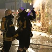 07-01-15_BY-Lautrach-Unterallgaeu_Brand-Stadel_Feuerwehr_Poeppel-new-facts-eu0018