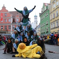 18-01-15_Memmingen_Narrensprung_Fasnet_Fasching_Nachtumzug_Stadtbachhexen_Poeppel_new-facts-eu0023