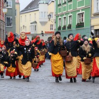18-01-15_Memmingen_Narrensprung_Fasnet_Fasching_Nachtumzug_Stadtbachhexen_Poeppel_new-facts-eu0025