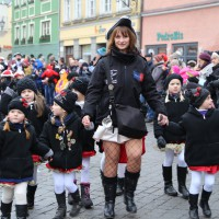 18-01-15_Memmingen_Narrensprung_Fasnet_Fasching_Nachtumzug_Stadtbachhexen_Poeppel_new-facts-eu0039