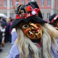 18-01-15_Memmingen_Narrensprung_Fasnet_Fasching_Nachtumzug_Stadtbachhexen_Poeppel_new-facts-eu0088