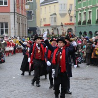 18-01-15_Memmingen_Narrensprung_Fasnet_Fasching_Nachtumzug_Stadtbachhexen_Poeppel_new-facts-eu0093
