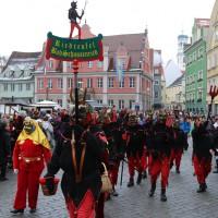 18-01-15_Memmingen_Narrensprung_Fasnet_Fasching_Nachtumzug_Stadtbachhexen_Poeppel_new-facts-eu0135