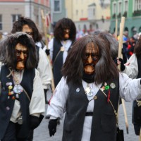 18-01-15_Memmingen_Narrensprung_Fasnet_Fasching_Nachtumzug_Stadtbachhexen_Poeppel_new-facts-eu0165