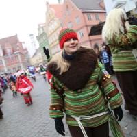 18-01-15_Memmingen_Narrensprung_Fasnet_Fasching_Nachtumzug_Stadtbachhexen_Poeppel_new-facts-eu0178