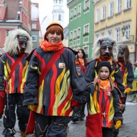 18-01-15_Memmingen_Narrensprung_Fasnet_Fasching_Nachtumzug_Stadtbachhexen_Poeppel_new-facts-eu0186