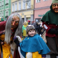 18-01-15_Memmingen_Narrensprung_Fasnet_Fasching_Nachtumzug_Stadtbachhexen_Poeppel_new-facts-eu0208