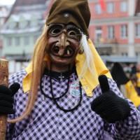 18-01-15_Memmingen_Narrensprung_Fasnet_Fasching_Nachtumzug_Stadtbachhexen_Poeppel_new-facts-eu0245