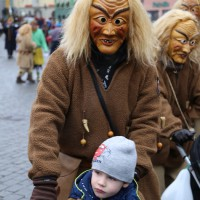 18-01-15_Memmingen_Narrensprung_Fasnet_Fasching_Nachtumzug_Stadtbachhexen_Poeppel_new-facts-eu0284