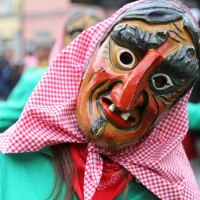 18-01-15_Memmingen_Narrensprung_Fasnet_Fasching_Nachtumzug_Stadtbachhexen_Poeppel_new-facts-eu0431