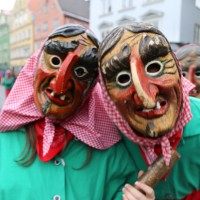 18-01-15_Memmingen_Narrensprung_Fasnet_Fasching_Nachtumzug_Stadtbachhexen_Poeppel_new-facts-eu0432
