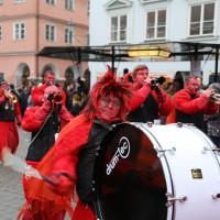 18-01-15_Memmingen_Narrensprung_Fasnet_Fasching_Nachtumzug_Stadtbachhexen_Poeppel_new-facts-eu0497