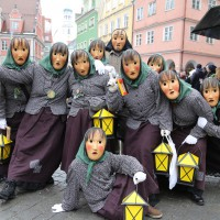 18-01-15_Memmingen_Narrensprung_Fasnet_Fasching_Nachtumzug_Stadtbachhexen_Poeppel_new-facts-eu0501