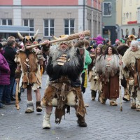 18-01-15_Memmingen_Narrensprung_Fasnet_Fasching_Nachtumzug_Stadtbachhexen_Poeppel_new-facts-eu0542