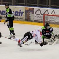 01-02-2015_Eishockey_Memmingen_Indians-ECDC_ Hoechstadt_match_Fuchs_new-facts-eu0044