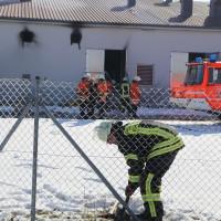 13-02-15_BW_Biberach_Kirchberg_Brand_Bruehterei_Feuerwehr_Poeppel_new-facts-eu0003