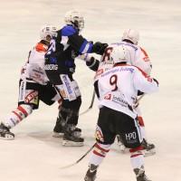 28-02-15_eishockey_memmingen_play-off_indians_ecdc_landsberg_fuchs_new-facts-eu0018