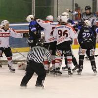28-02-15_eishockey_memmingen_play-off_indians_ecdc_landsberg_fuchs_new-facts-eu0025