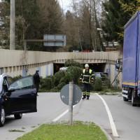 30-03-15_BY_Memmingen_Orkan_Unwetter_Feuerwehr_Poeppel_new-facts-eu0001