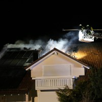 15-04-15_BY_Unterallgaeu_Ottobeuren_Brand_Dachstuhl_Feuerwehr_Poeppel_new-facts-eu0054
