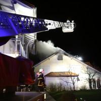 15-04-15_BY_Unterallgaeu_Ottobeuren_Brand_Dachstuhl_Feuerwehr_Poeppel_new-facts-eu0080