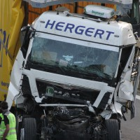 24-04-15_A96_Wangen_Lkw-Unfall_Feuerwehr_Poeppel_new-facts-eu0006