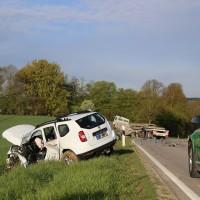 27-04-15_BY_Unterallgaeu_Breitenbrunn_Schoeneburg_Lkw-Pkw_Feuerwehr_Poeppel_new-facts-eu0004