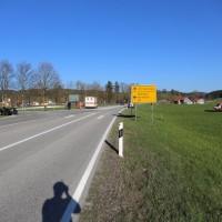 Unfall-VU-B472-Bidingen-Ob-Quad-schwer verletzt-Notarzt-RK2-Rettungshubschrauber-RTW-Bringezu (75)