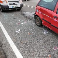 26.05.2015-Jengen-B12-Ostallgäu-Unfall-Gas und Bremse verwechselt-Verletzte-Krankentransportwagen-Rettungswagen-Bringezu-Polizei-Auffahrunfall (13)