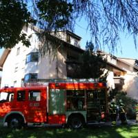 01-07-15_BY-Memmingen_Brand_Wohnung_Huehnerberg-Feuerwehr_Poeppel_new-facts-eu0004