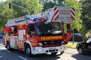 01-07-15_BY-Memmingen_Brand_Wohnung_Huehnerberg-Feuerwehr_Poeppel_new-facts-eu0026