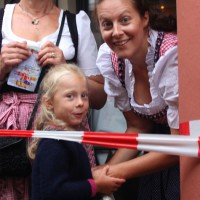 23-07-2015_Memminger-Kinderfest-2015_Singen-Marktplatz_Kuehnl_new-facts-eu0055