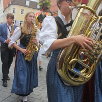23-07-2015_Memminger-Kinderfest-2015_Umzug_Kuehnl_new-facts-eu0101