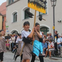 23-07-2015_Memminger-Kinderfest-2015_Umzug_Kuehnl_new-facts-eu0132