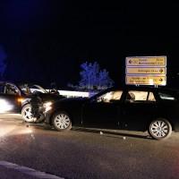 Altdorf-B12-Frontalzusammenstoß-fünf-Verletzte-Ostallgäu-Bringezu-Totalschaden-Feuerwehr-Rettungsdienst-Notarzt-11.07 (2)