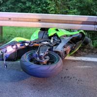 Kaufbeuren-Oberbeuren-ST2055-Unfall-Motorrad-gesperrt-Fahrer-verletzt-Ostalgäu-24.07.2015-new-facts (4)