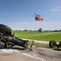 Unfall-St2008-Seeg-Legenwang-PKW-gegen-Traktor-4-Verletzte- Ostallgäu-Bringezu-Rettungshubschrauber (66)_tonemapped