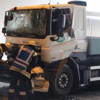 18-08-2015_A96_Kohlbergtunnel_Stetten_Erkheim_Lkw-Unfall_Vollsperrung_Feuerwehr_Poeppel_new-facts-eu0013