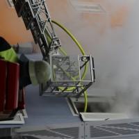 21-10-2015_Memmingen_Zimmerbrand_Theaterplatz_Feuerwehr_Poeppel_new-facts-eu028