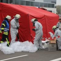 31-10-2015_Biberach_Dettingen-Iller_Chemie_Gefahrgut_Lidl_Feuerwehr_Poeppel_new-facts-eu0051