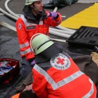 31-10-2015_Biberach_Dettingen-Iller_Chemie_Gefahrgut_Lidl_Feuerwehr_Poeppel_new-facts-eu0102