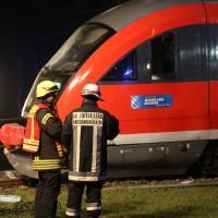 2015_BY_Unterallgaeu_Breitenbrunn_Unfall_Regionalzug_Linienbus_Feuerwehr_Poeppel_new-facts-eu0018