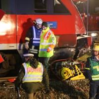 2015_BY_Unterallgaeu_Breitenbrunn_Unfall_Regionalzug_Linienbus_Feuerwehr_Poeppel_new-facts-eu0032