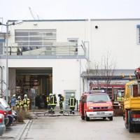 01-12-2015_Unterallgaeu_Ottobeuren_Brand-Rauch_Metallbetrieb_Feuerwehr_Poeppel_new-facts-eu0018