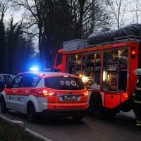 16-12-2015_Memmingen_Volkratshofen_Ferthofen_Unfall_Feuerwehr_Poeppel_new-facts-eu0020