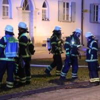 03-01-2016_Memmingen_Metzgerweg_Zimmerbrand_Verletzte_Feuerwehr_Poeppel_new-facts-eu0013