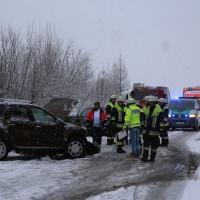 31-01-2016_Unterallgäu_Westerheim_Erkheim_Unfall_Schneeglaette_Feuerwehr_Poeppel_new-facts-eu_mm-zeitung-online_008